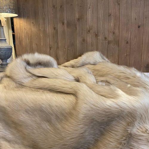 Luxury Faux Fur Throw - Oyster