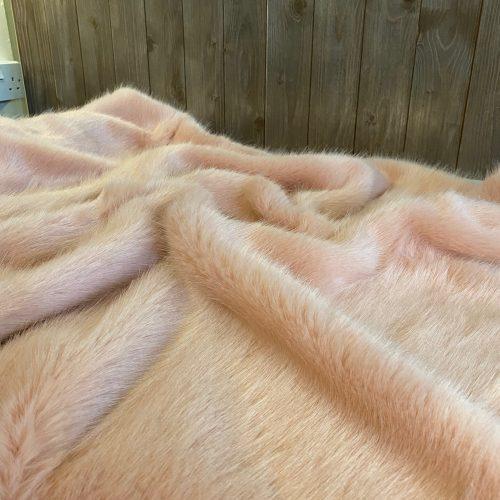 Luxury Faux Fur Throw - Dusky
