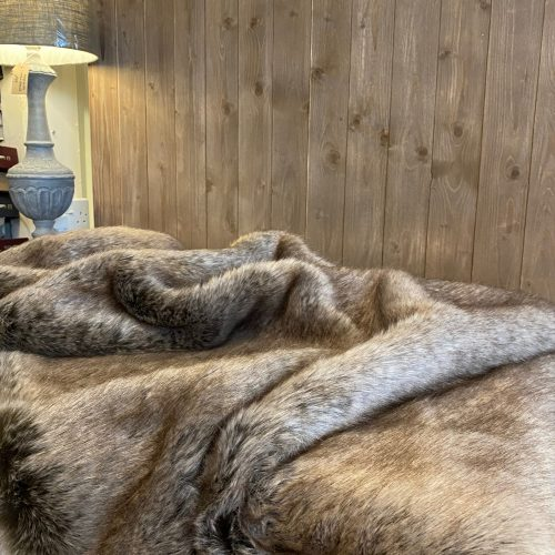 Luxury Faux Fur Throw - Truffle