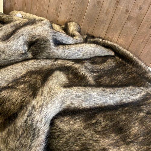 Luxury Faux Fur Throw - Lady Grey