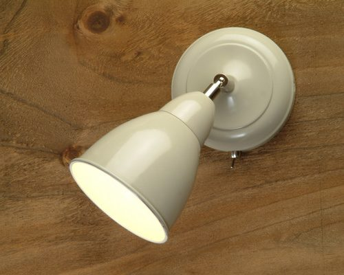 Chiswick Wall Light in Clay