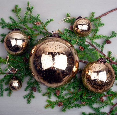 Etched Snowflake Gold Bauble